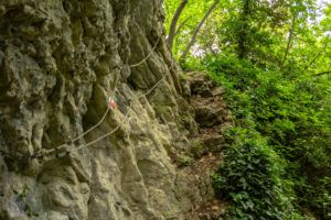 SanMarino Cliff Trail hike | FInnsAway