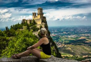 Admiring castles in tiny SanMarino | FinnsAway Travel Blog