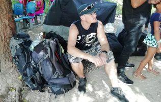 Cuba | Waiting for camion in Havana | FinnsAway Travel Blog