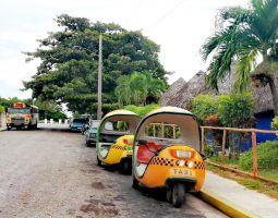 Cuba coco taxi | FinnsAway travel blog