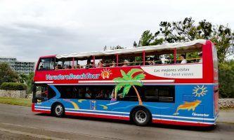 Cuba transportation | sightseeing bus in Varadero | FinnsAway Travel Blog