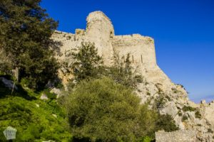 Kantara Castle is one of three medieval castles on Kyrenia Mountains, North Cyprus. Castle ruins are located on a mountain top, and come with amazing views. | FinnsAway Travel Blog