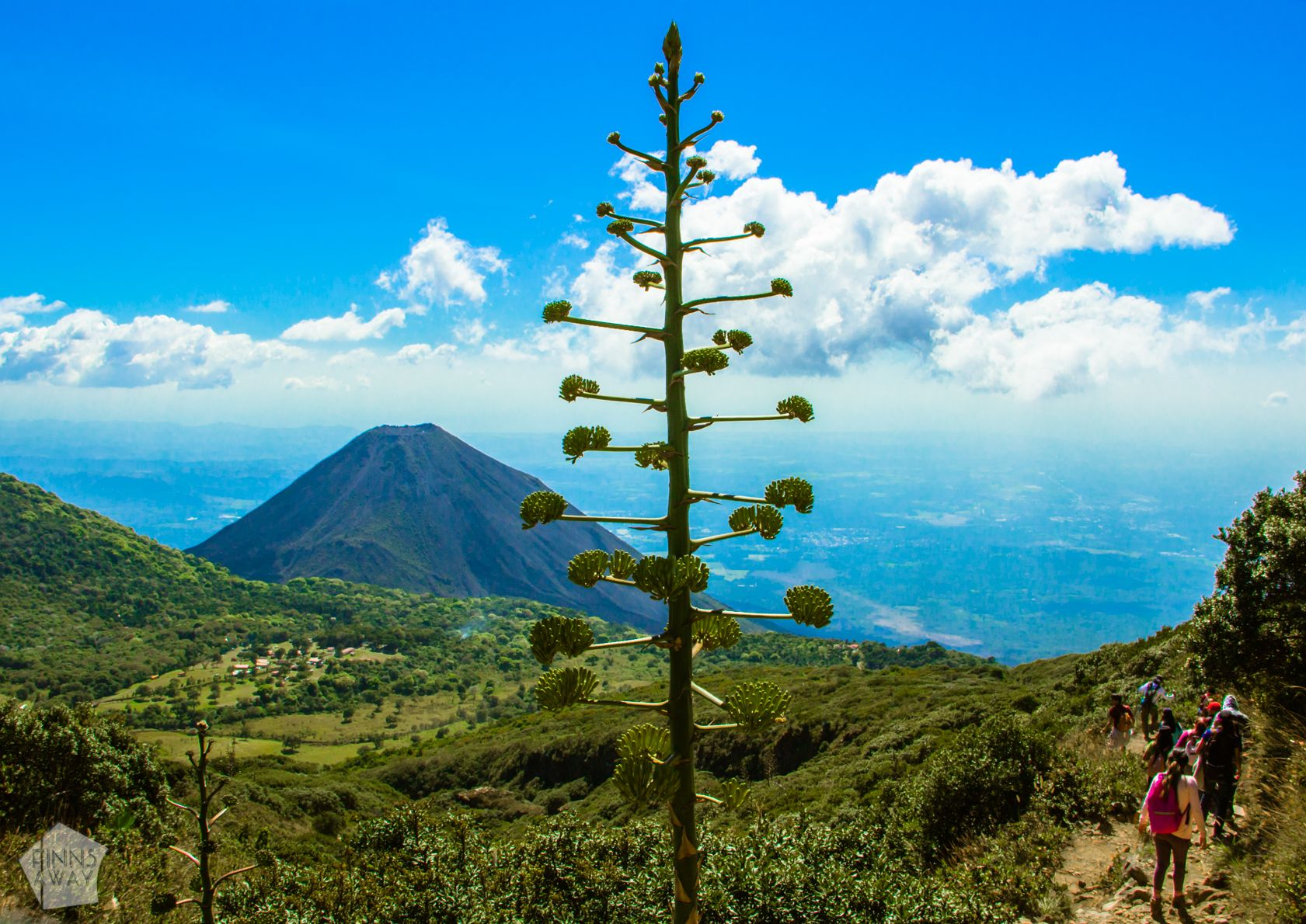 Hiking Santa Ana Volcano in El Salvador | FinnsAway Travel Blog