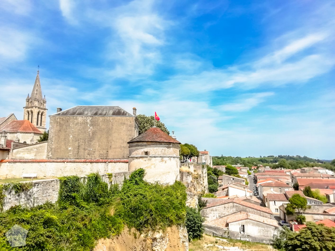Bourg town and citadel France | FinnsAway Travel Blog