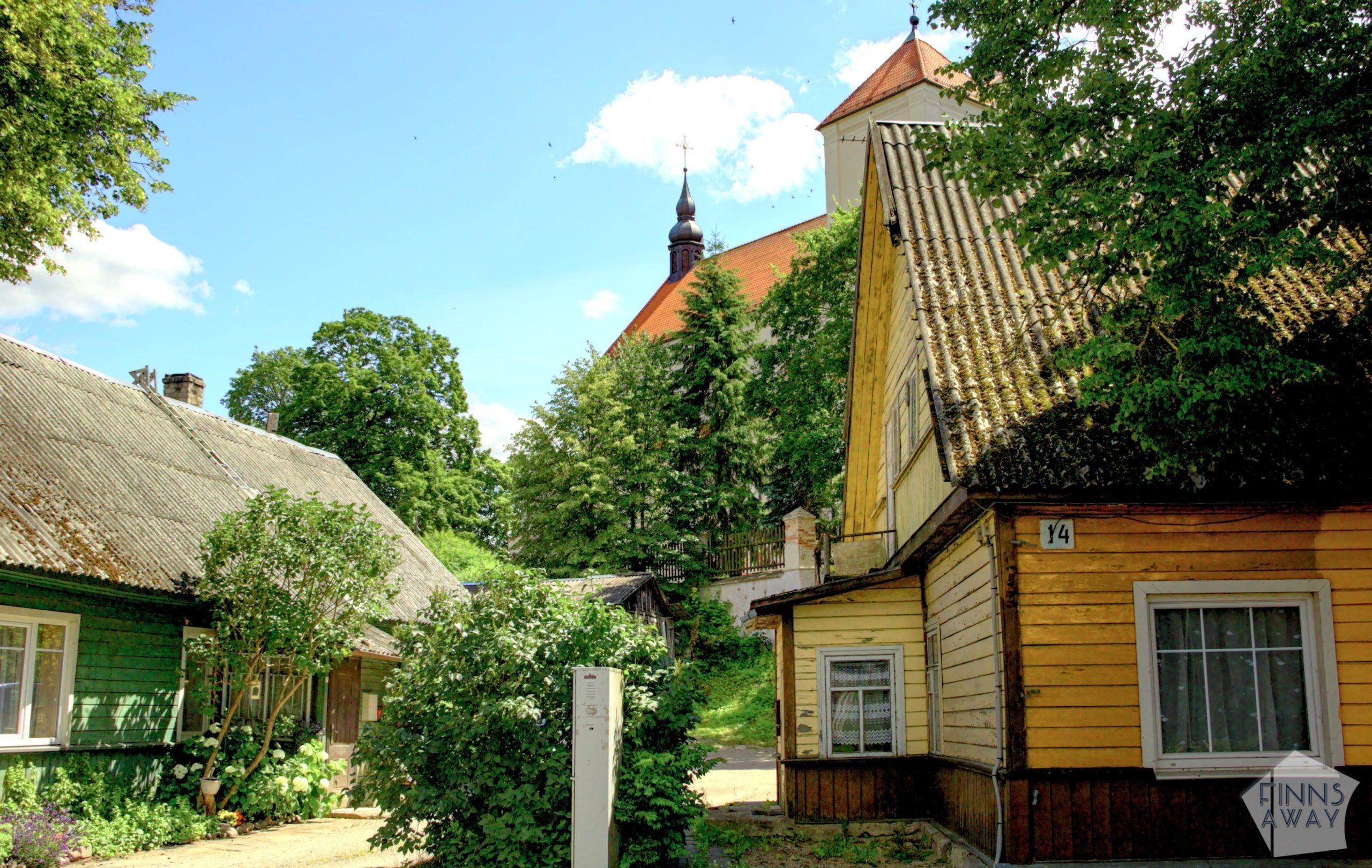 Streetview in beautiful Trakai | Trakai in Lithuania – castles, Karaim culture and nature | FinnsAway Travel Blog