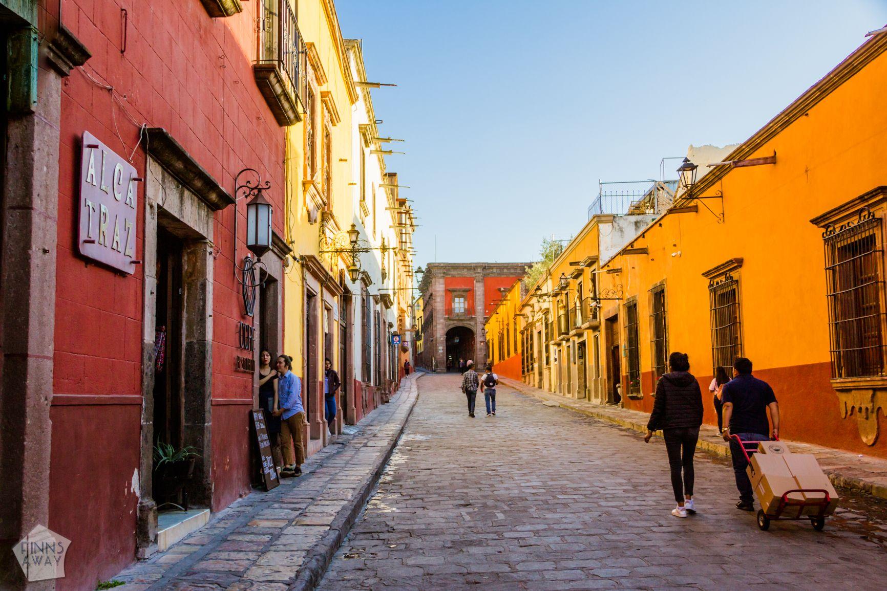 On the alleys of San Miguel de Allende | FinnsAway Travel Blog