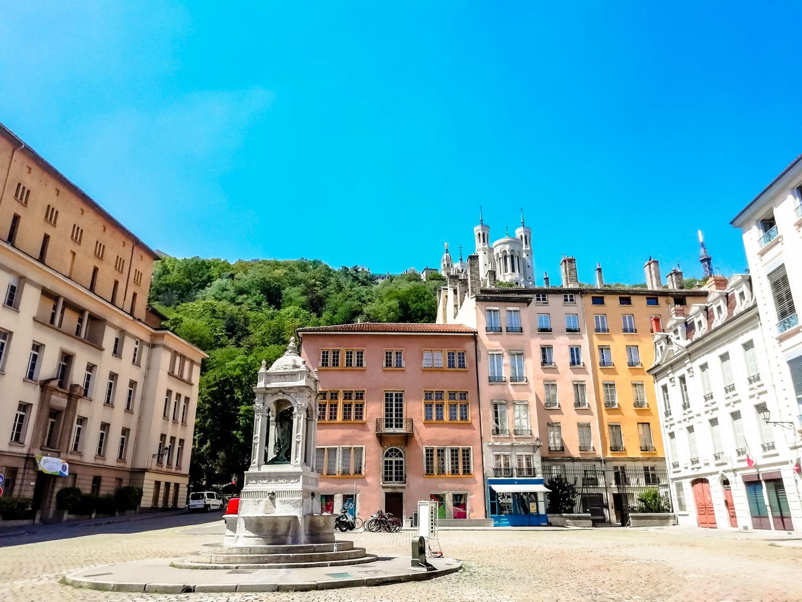 Vieux-Lyon district | Short travel guide to Lyon, France | FinnsAway Travel Blog