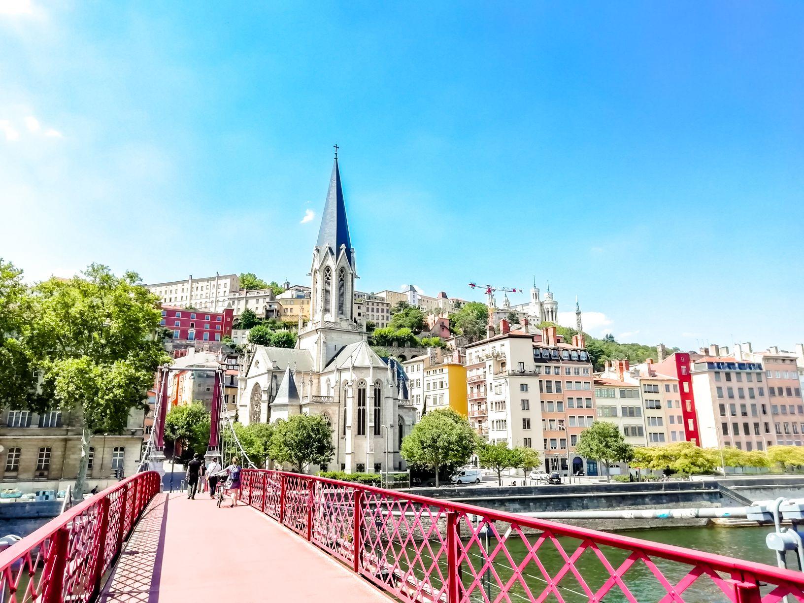 Saint George Church from Passerelle St Georges Bridge | Short travel guide to Lyon, France | FinnsAway Travel Blog