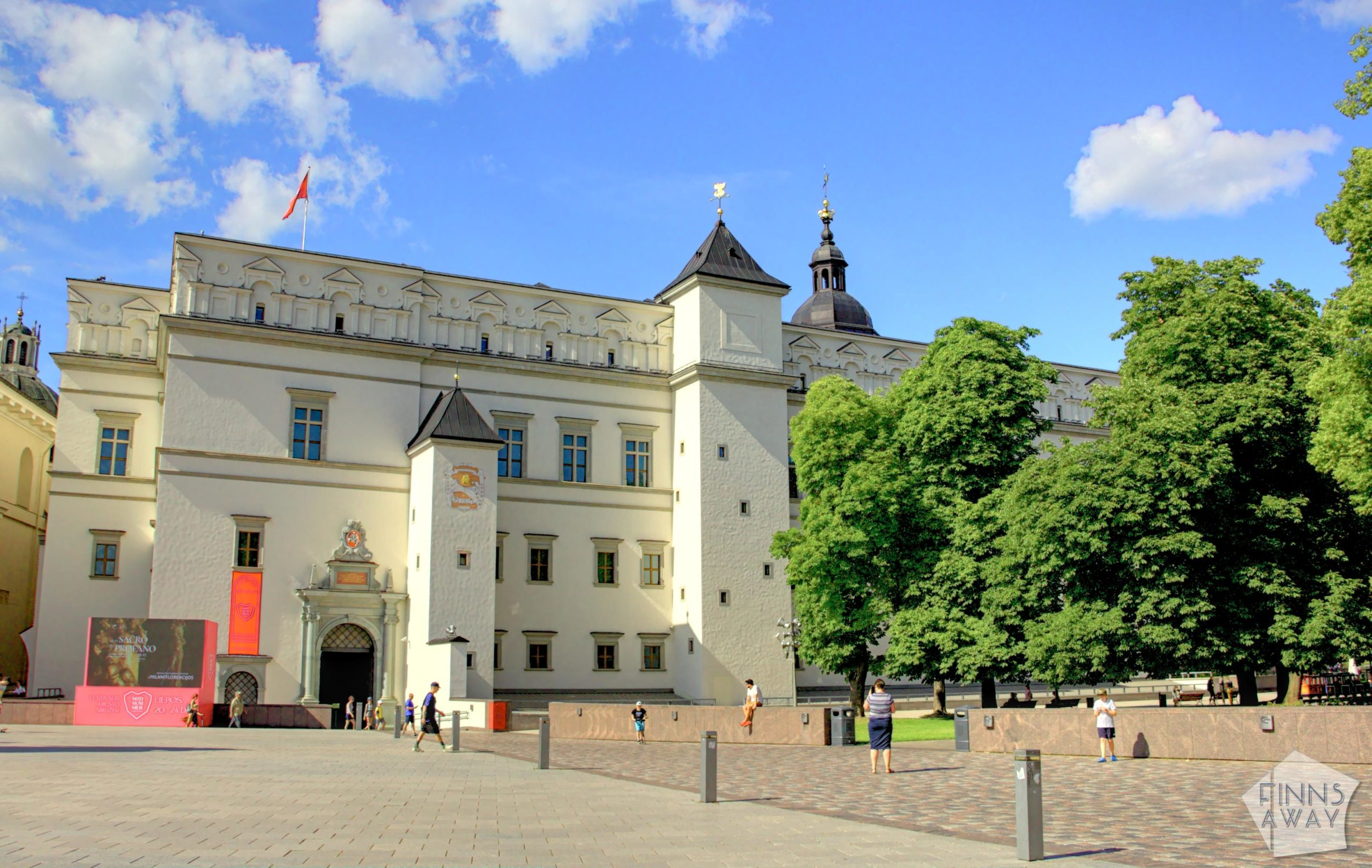 The Palace of the Grand Dukes of Lithuania in Vilnius | FinnsAway Travel Blog