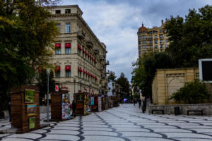 Baku, the capital of Azerbaijan is a glorious mix of old and new in the crossroads of Asia and Europe. Travel guide on what to expect, see and do in Baku. | FinnsAway Travel Blog