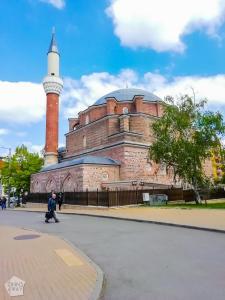 Banya Bashi Mosque | City guide to Sofia | FinnsAway Travel Blog