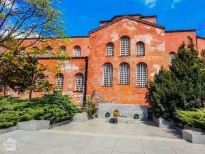 St. Sophia Eastern Orthodox Church | City guide to Sofia | FinnsAway Travel Blog