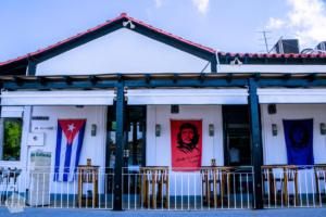 Cafe in Viñales | Hiking in beautiful Viñales, Cuba | FinnsAway Travel Blog