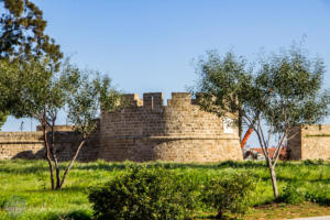 Guide on how to visit Famagusta (Gazimagusa) and what to see in the walled city. History of Famagusta in a nutshell and introduction of the main sights. | FinnsAway Travel Blog