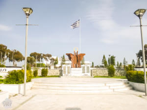 Statue in Larnaca | Larnaca Cyprus | FinnsAway blog
