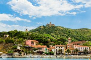 Charming port town of Collioure by the Mediterranean Sea in French Catalonia | FinnsAway Travel Blog