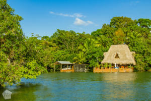 Holiday home by Rio Dulce | Travel guide to Rio Dulce and Livingston in the Caribbean side of Guatemala | FinnsAway Travel Blog