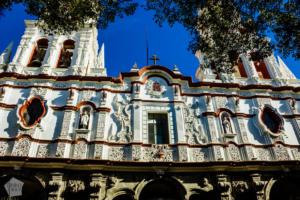La Compañia Templo del Espíritu Santo church, Puebla | Mexico | FinnsAway Travel Blog