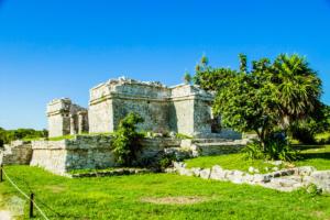 Mayan ruins of Tulum in Riviera Maya, Yucatan Peninsula, Mexico in October | FinnsAway Travel Blog