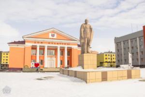 A Lenin statue in a square in Dudinka