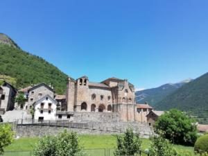 Siresa church | Anso, Hecho and Valles Occidentals Natural Park | FinnsAway Travel Blog