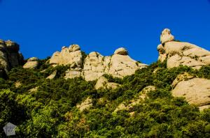 Cami de l'Arrel trail | Hiking in Montserrat Mountain Nature Park, Catalonia Spain. | FinnsAway Nomad Travels