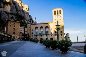 Short guide to visiting Montserrat Monastery and Montserrat Nature Park in Catalonia, Spain | FinnsAway Nomad Travels